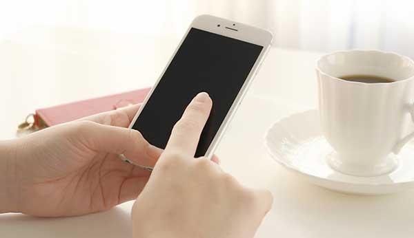 シンガポールのスマートフォン普及率は日本より高い