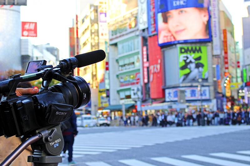日本とシンガポールの大きな違いは、マスコミ四媒体の位置づけ